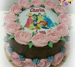 Gâteau décoré avec impression alimentaire personnalisé